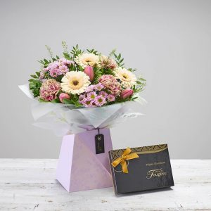 Mother's Day - Gift Box & Chocolates